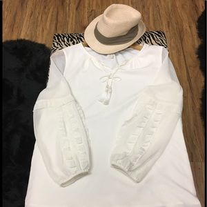 •Chico's Tie Front Off White Sheer Sleeve Blouse
